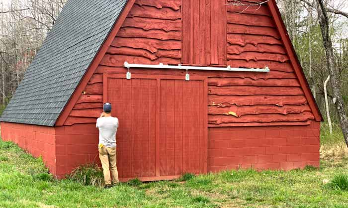 The barn at Horseshoe Farm is a nice piece of existing infrastructure that Chris didn't have to pay for.